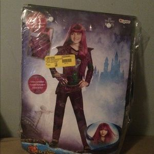 The decendents Disney costume size M
